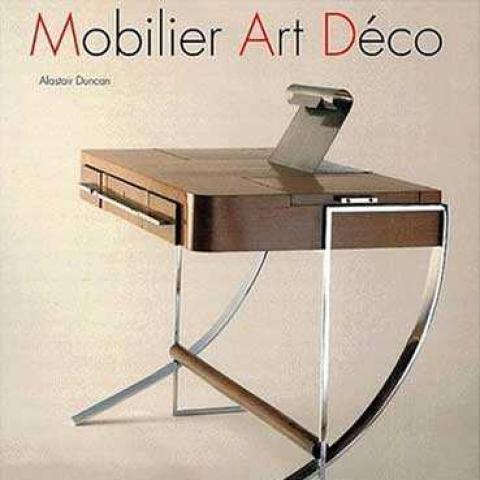 Mobilier Art Déco.